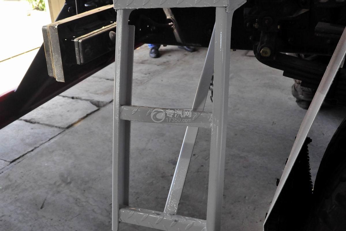 福田瑞沃E3单桥搅拌车辅助踏板