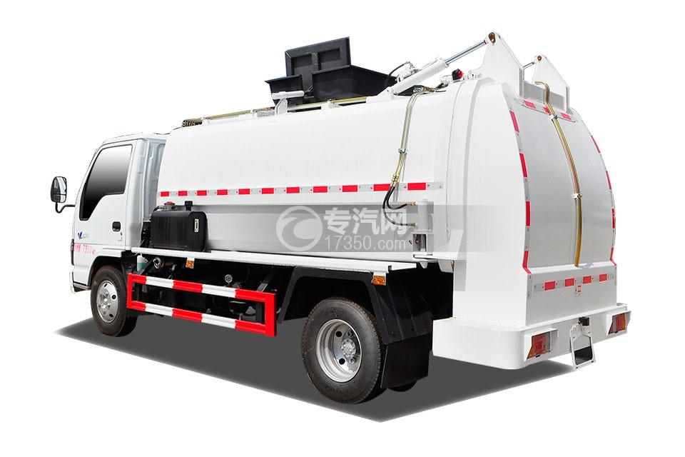 庆铃五十铃600P餐厨式垃圾车侧后方图