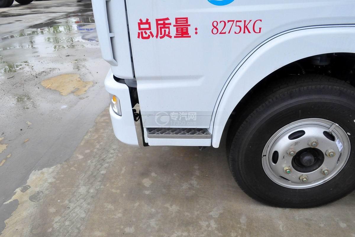 东风多利卡D7扫路车外观细节