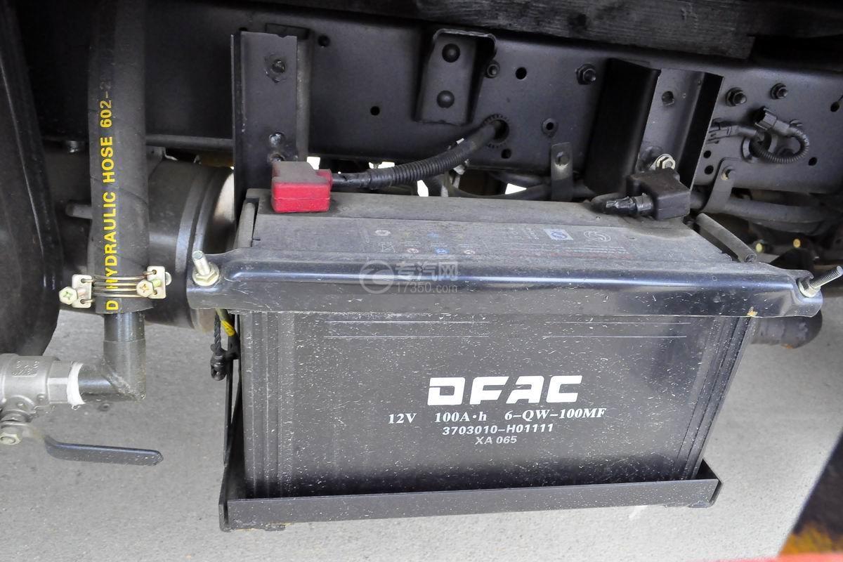 东风多利卡D5高空作业车蓄电池