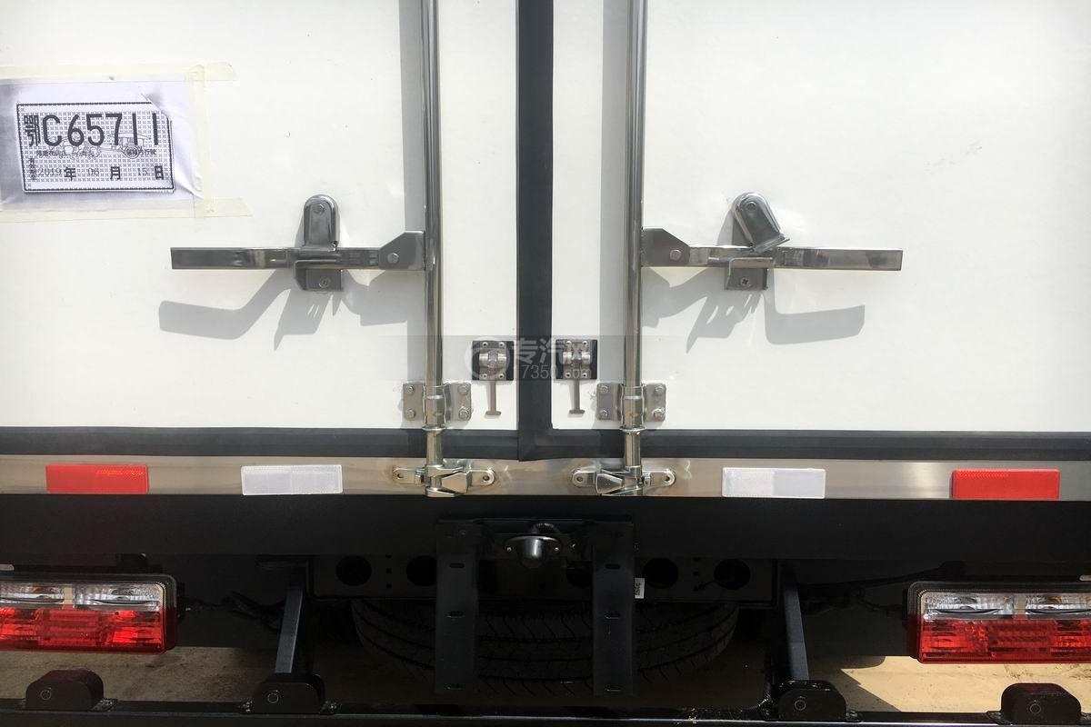 东风凯普特国六冷藏车锁紧装置