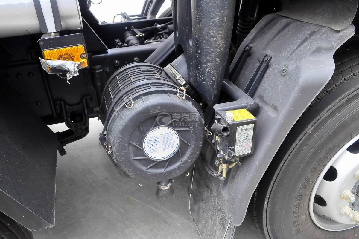 东风柳汽乘龙H5小三轴19.5方运油车空气滤清器