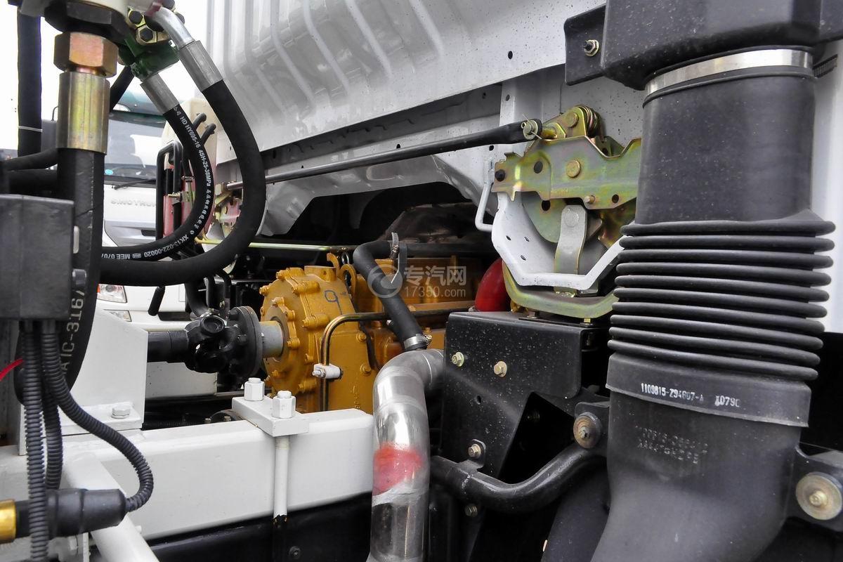 东风劲诺单桥3.65方搅拌车发动机