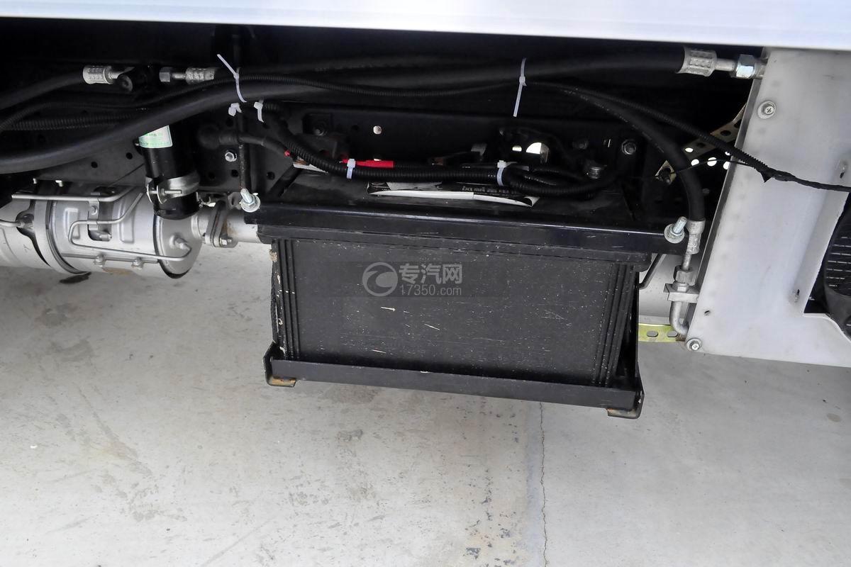 跃进S50单排冷藏车蓄电池