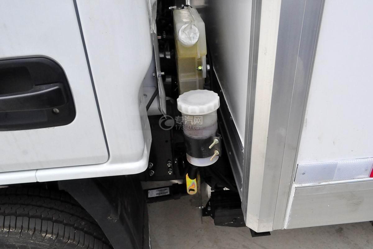 跃进S50单排冷藏车冷却液
