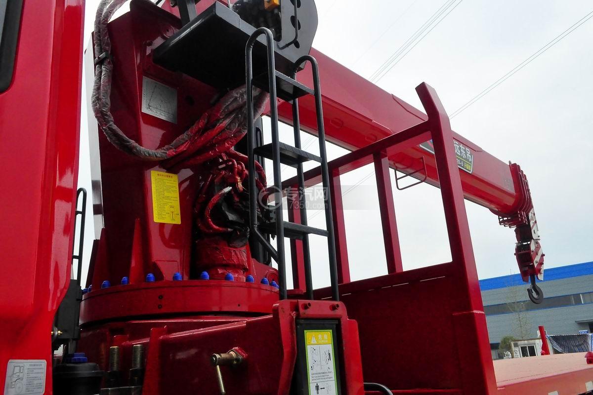 东风锦程V5前四后八20吨直臂随车吊安全梯