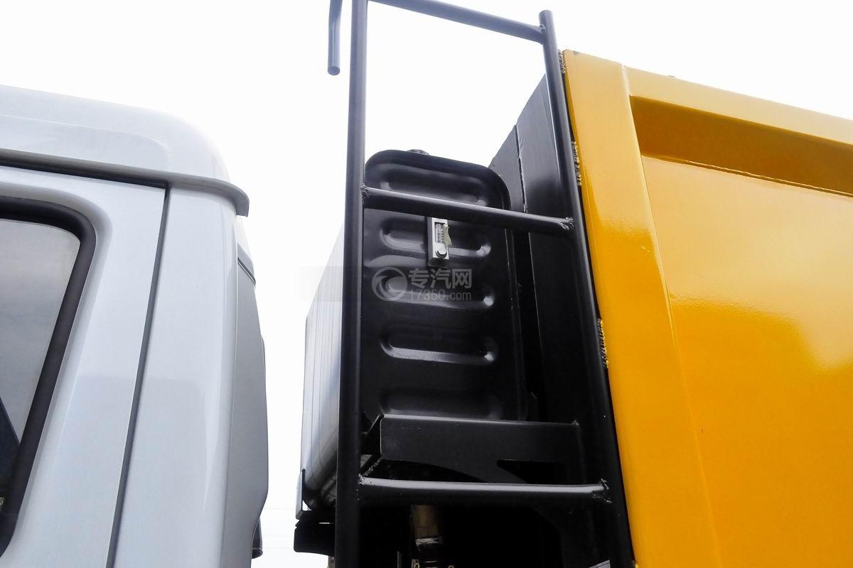 东风多利卡8方压缩式垃圾车液压油箱