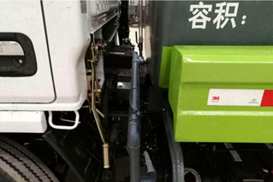东风多利卡3.8方国六洒水车发动机