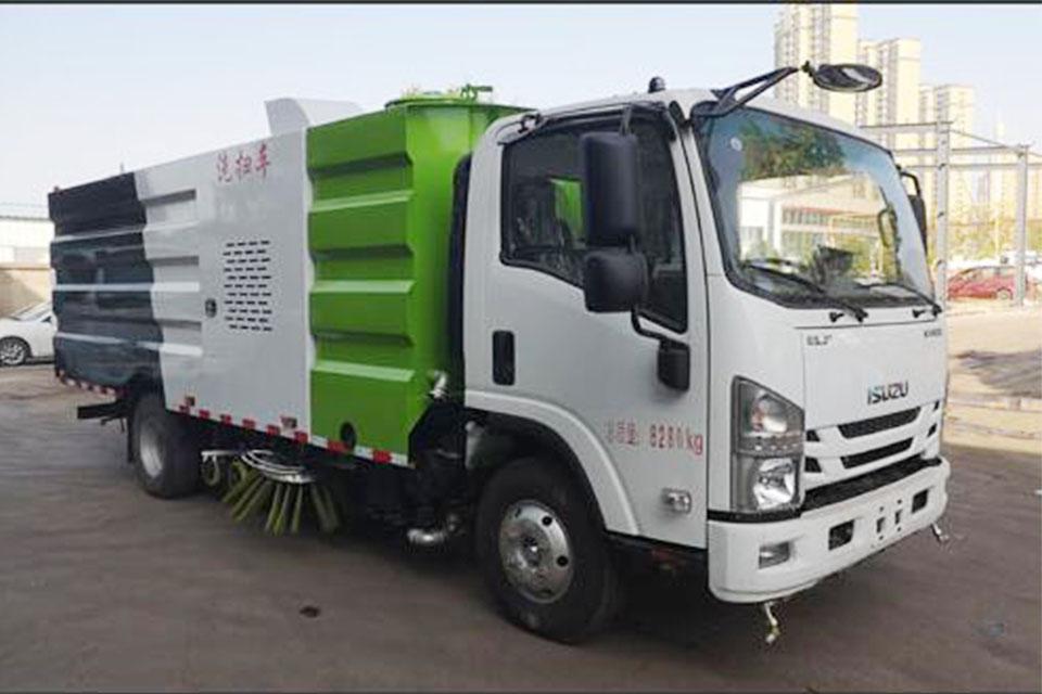 慶鈴五十鈴ELF國六洗掃車