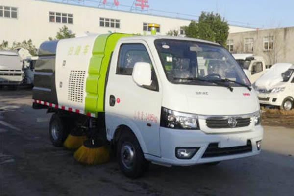 东风途逸小型扫路车