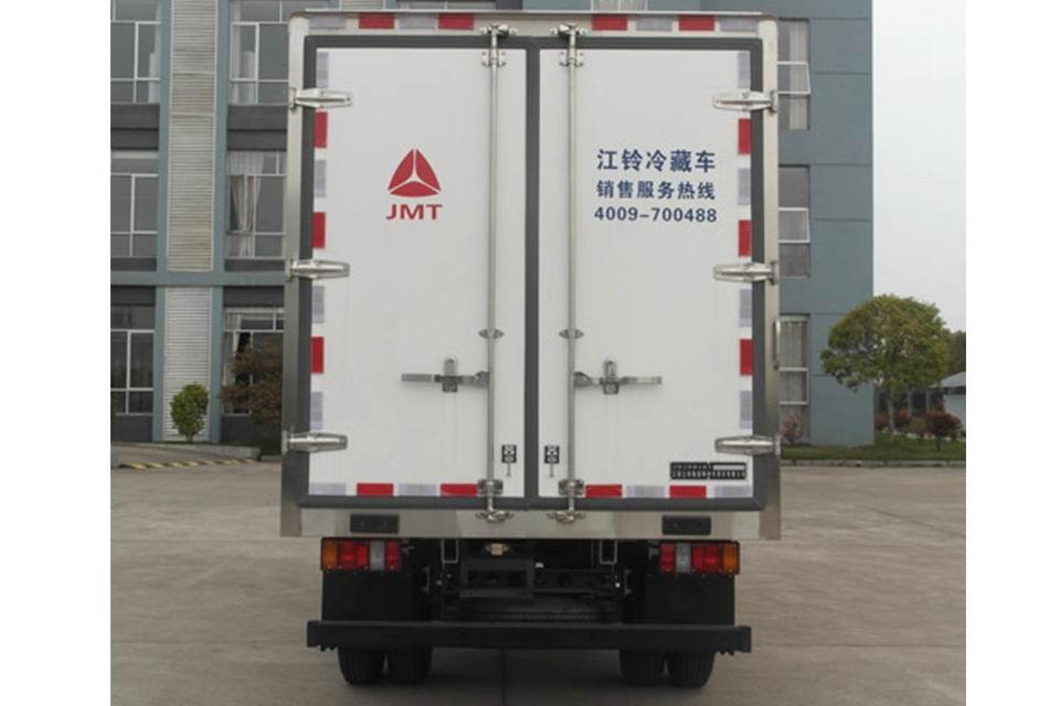 江铃3.97米国六冷藏车正后图
