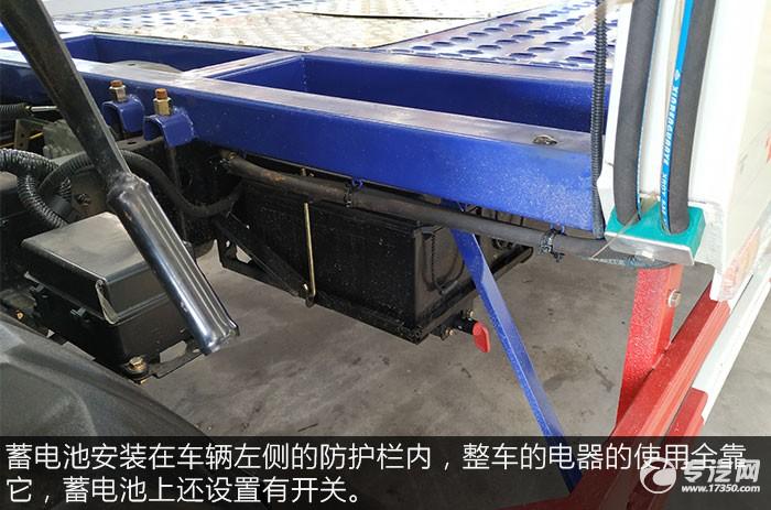 解放虎VN单桥双层清障车评测之蓄电池