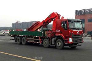 东风柳汽乘龙H5前四后八国六12吨折臂随车吊
