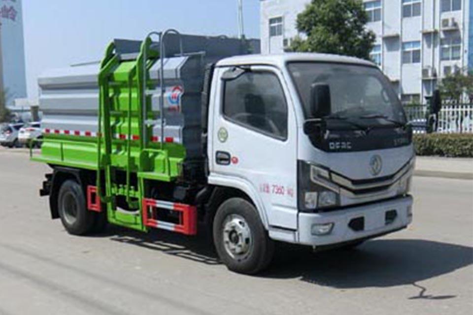 东风多利卡国六餐厨垃圾车