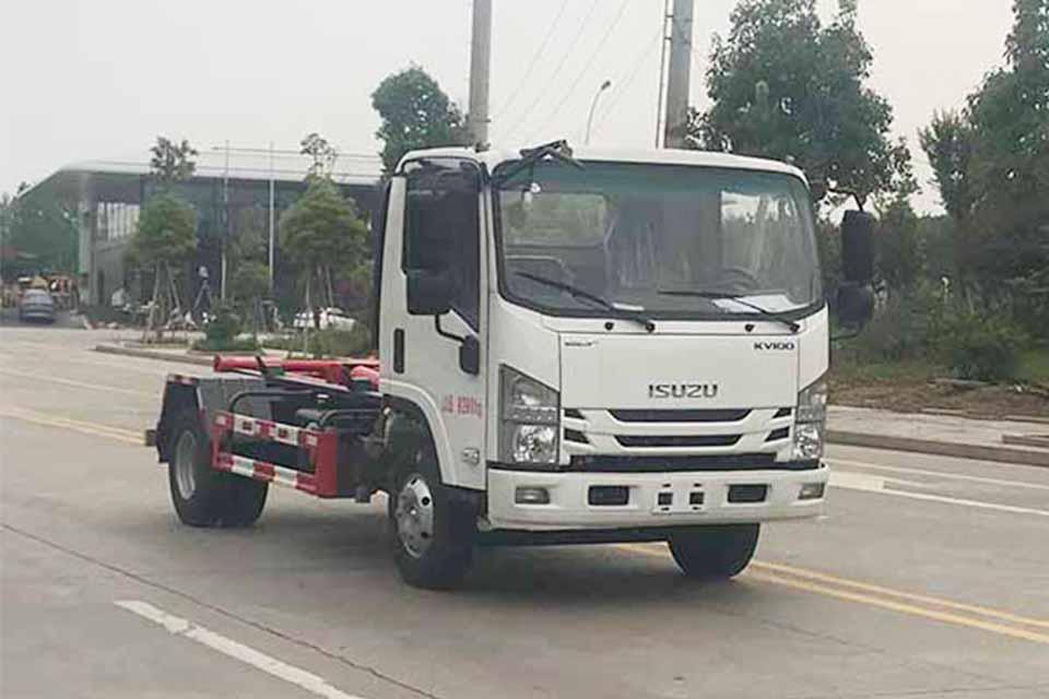 慶鈴五十鈴KV100國六勾臂式垃圾車