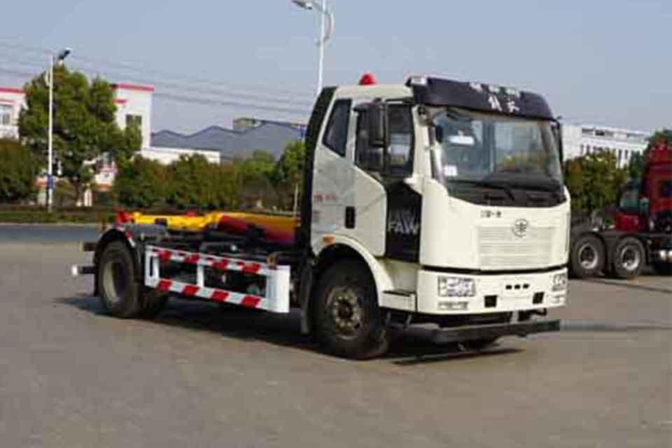 解放J6L單橋國六勾臂式垃圾車