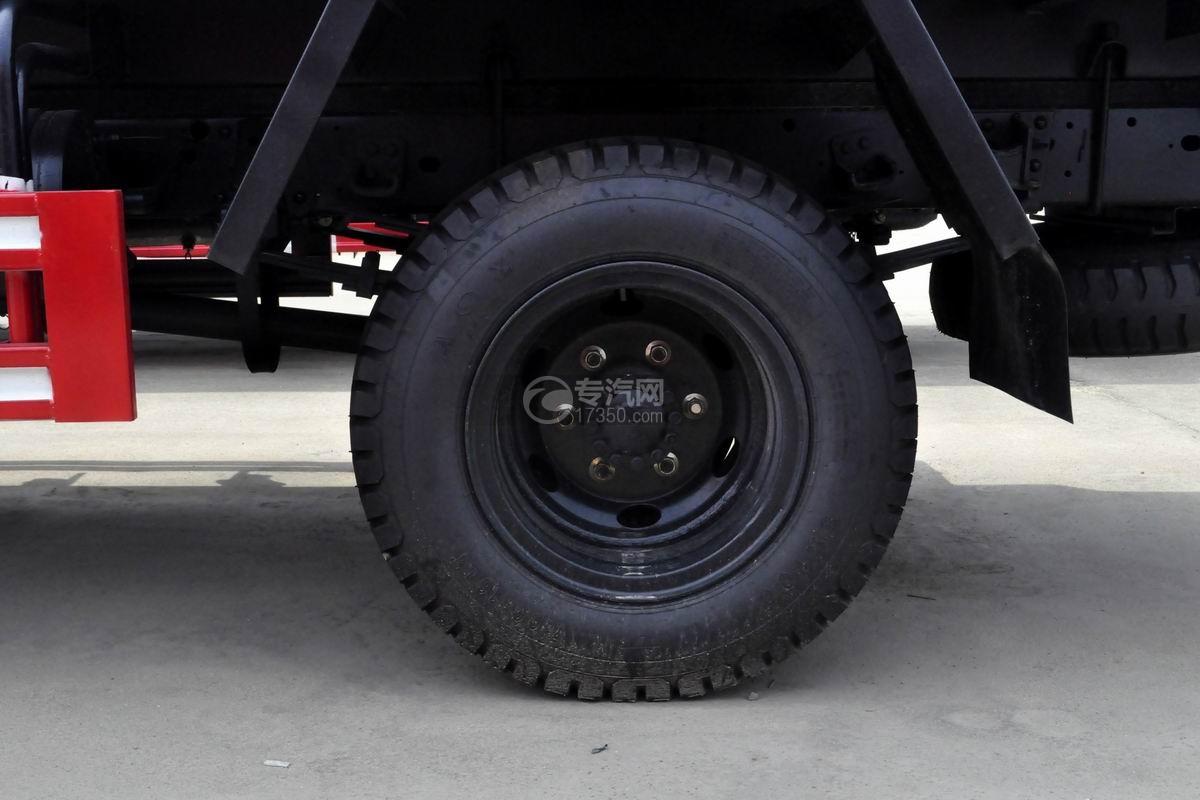 时风风驰多功能抑尘车轮胎
