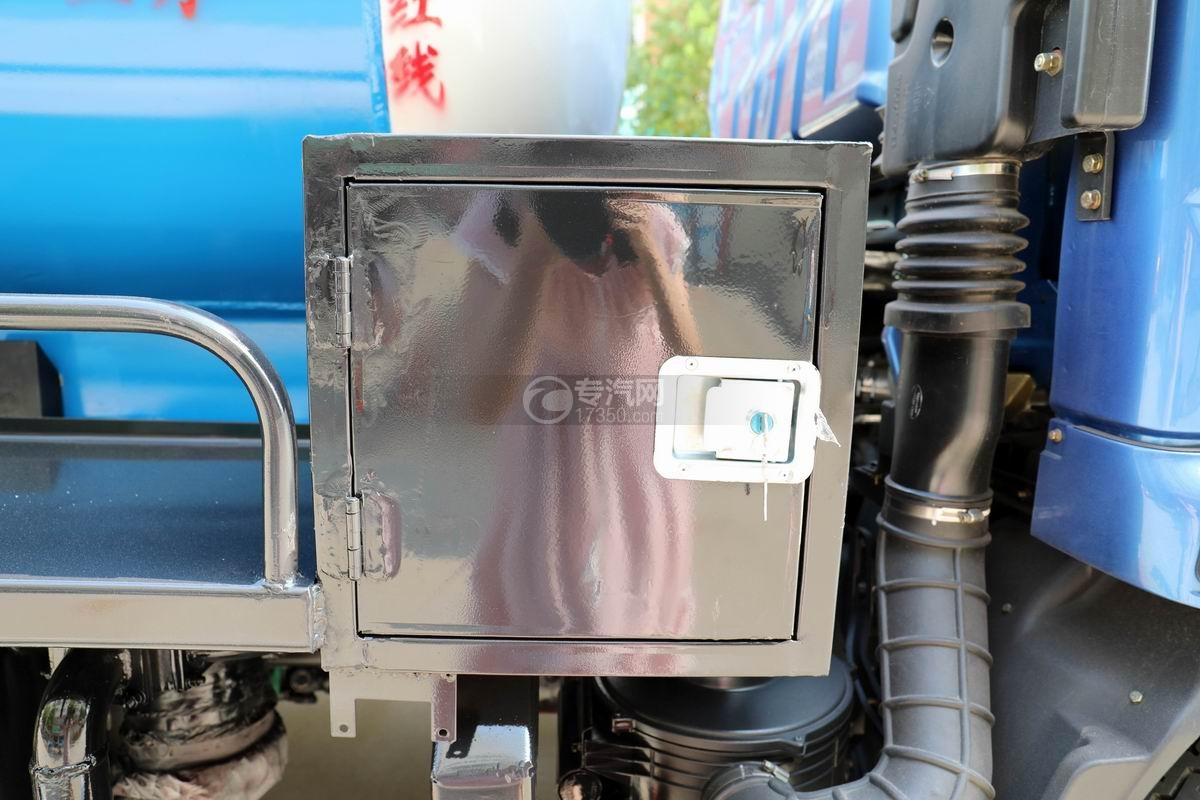 飛碟奧馳4.6方黃牌吸污車操作箱