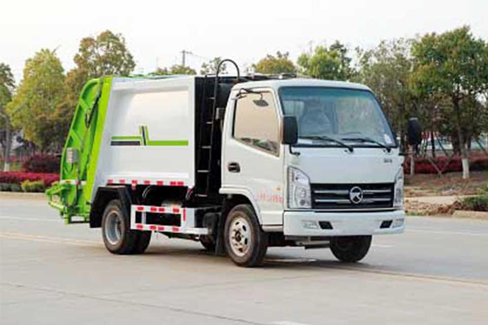 凯马国六压缩式垃圾车