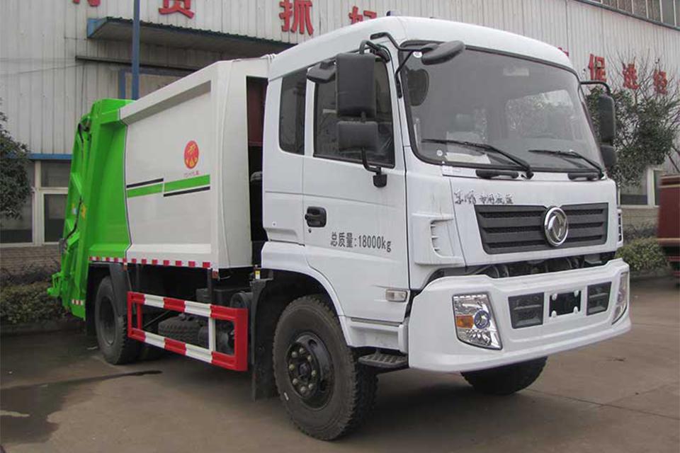 东风专用底盘国六压缩式垃圾车