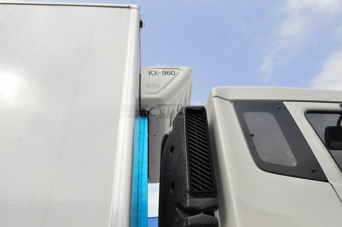 东风天龙小三轴9.4米冷藏车冷藏机组
