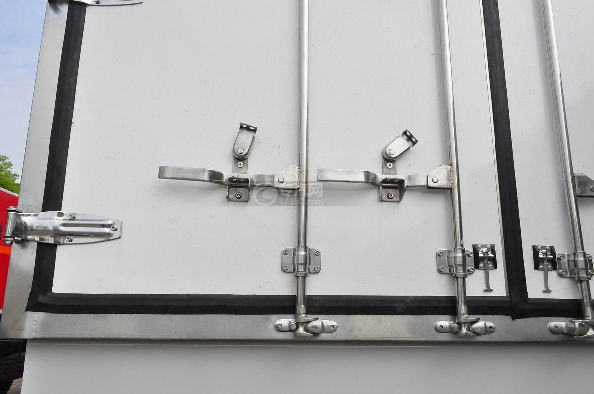 东风天龙小三轴9.4米冷藏车后门锁件