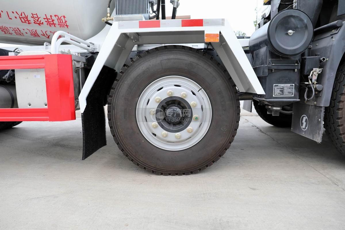 陕汽轩德X6前四后八7.4方搅拌车轮胎