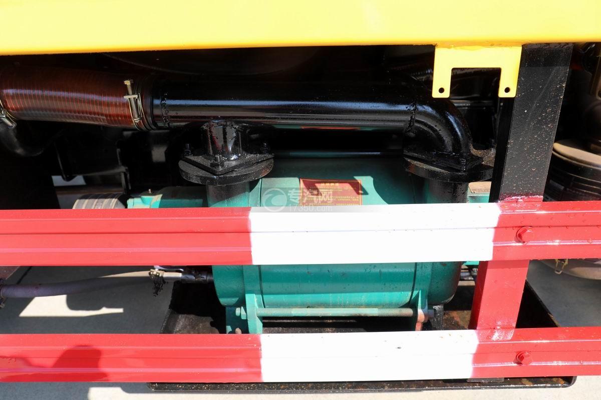东风多利卡D6清洗吸污车真空泵