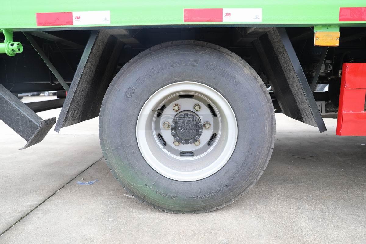 跃进上骏X500国五单桥平板运输车轮胎