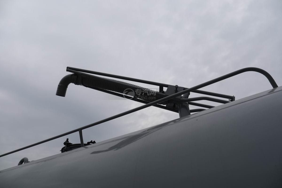 大運新奧普力單排國六吸糞車360度吊桿