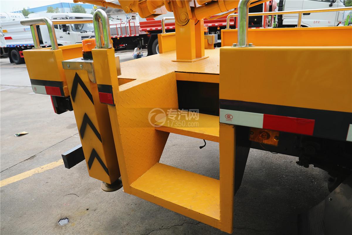 东风小多利卡国六16米伸缩臂式高空作业车爬梯图