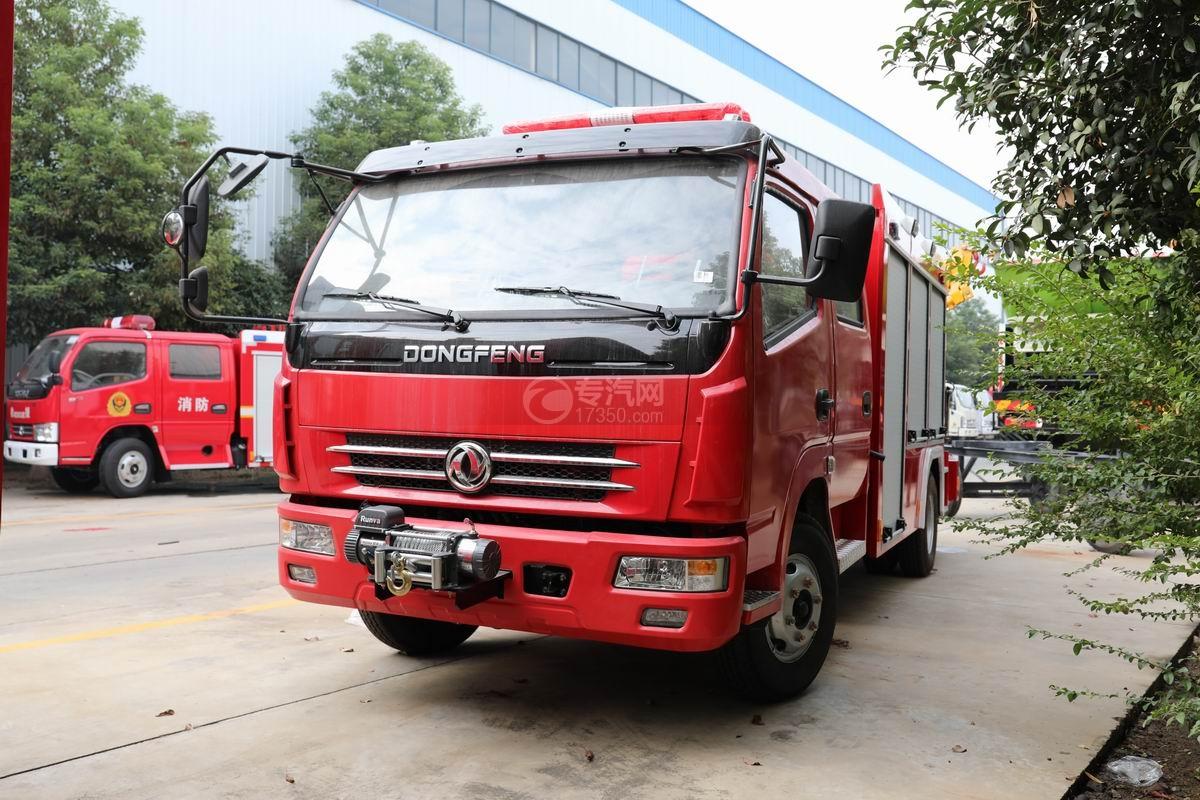东风多利卡双排抢险救援消防车右前图