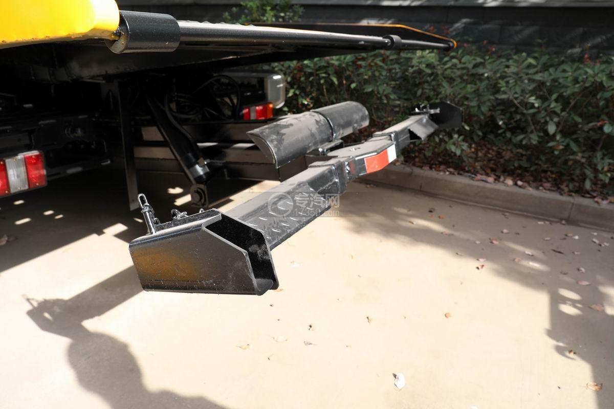 江铃凯运一拖二平板清障车后托举装置
