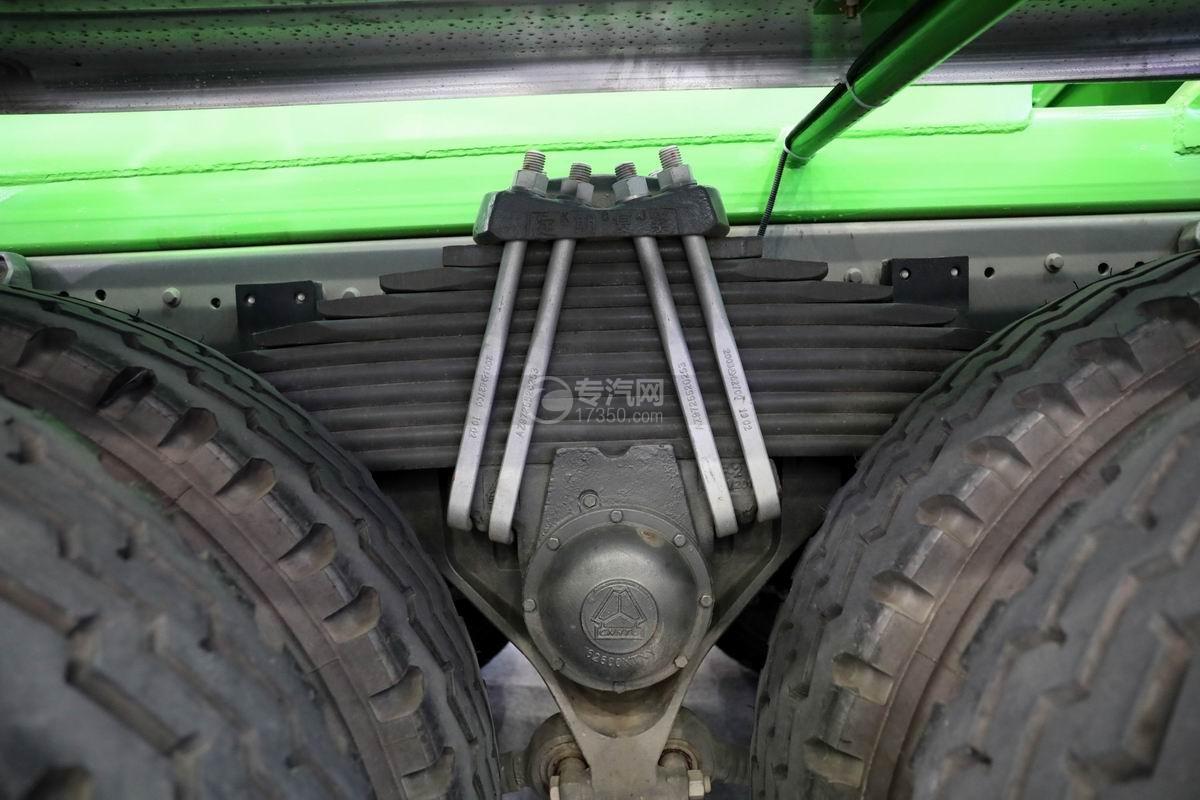 重汽豪沃前四后八国六7.5方搅拌车钢板弹簧