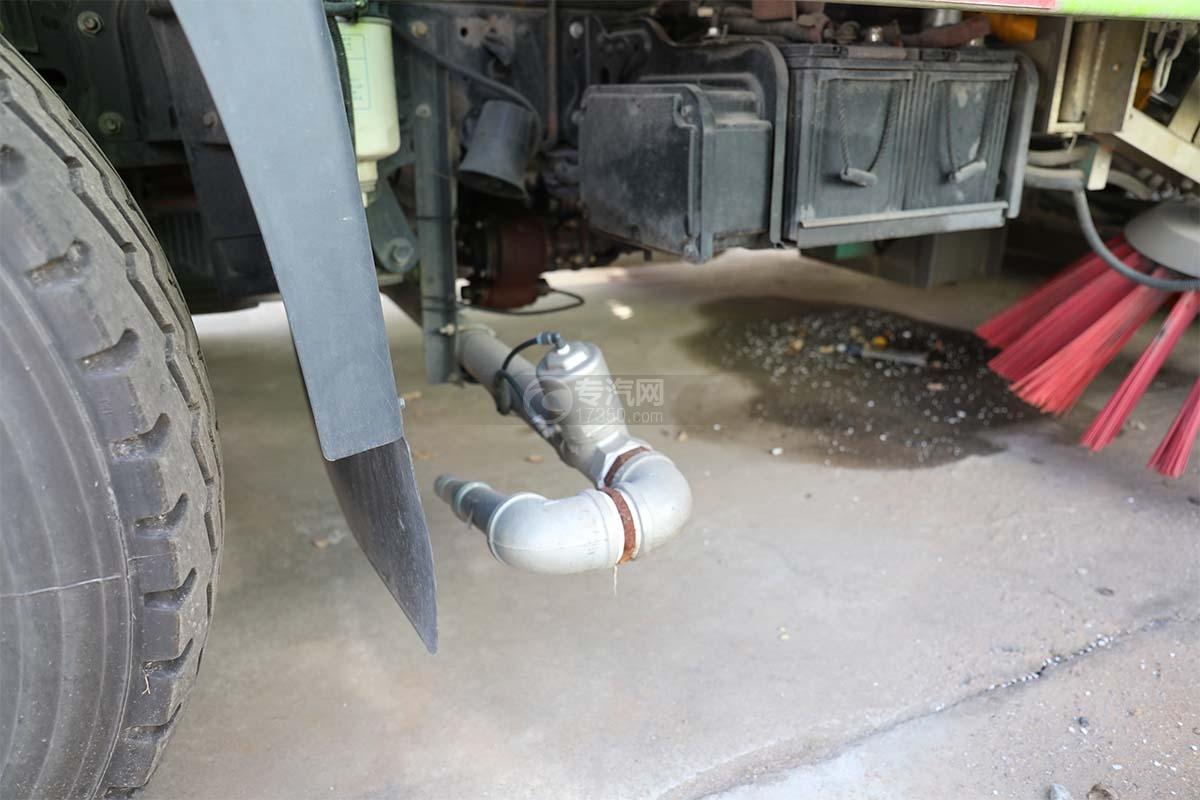 現代盛圖單橋洗掃車沖洗裝置