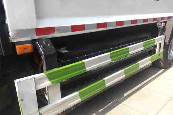 東風凱普特K7純電動壓縮式垃圾車電池