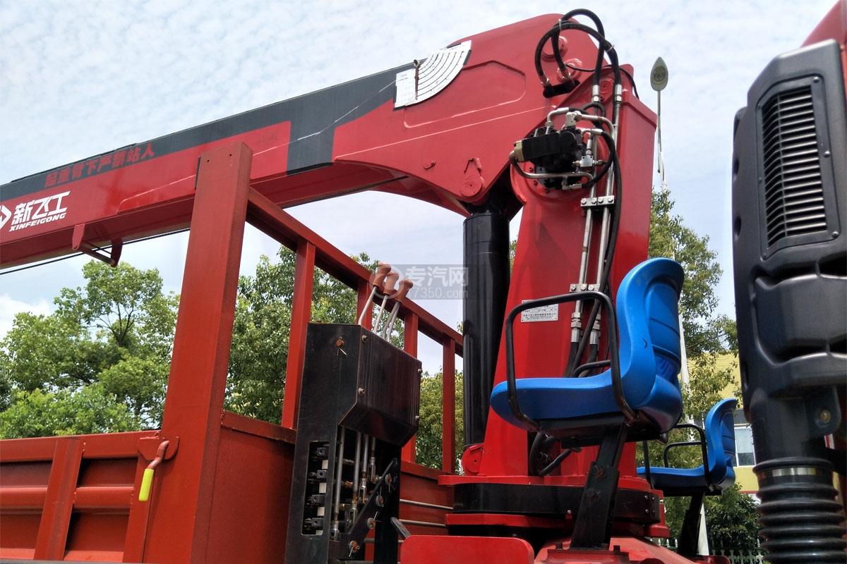 陜汽軒德X6單橋8噸直臂隨車吊中操作椅