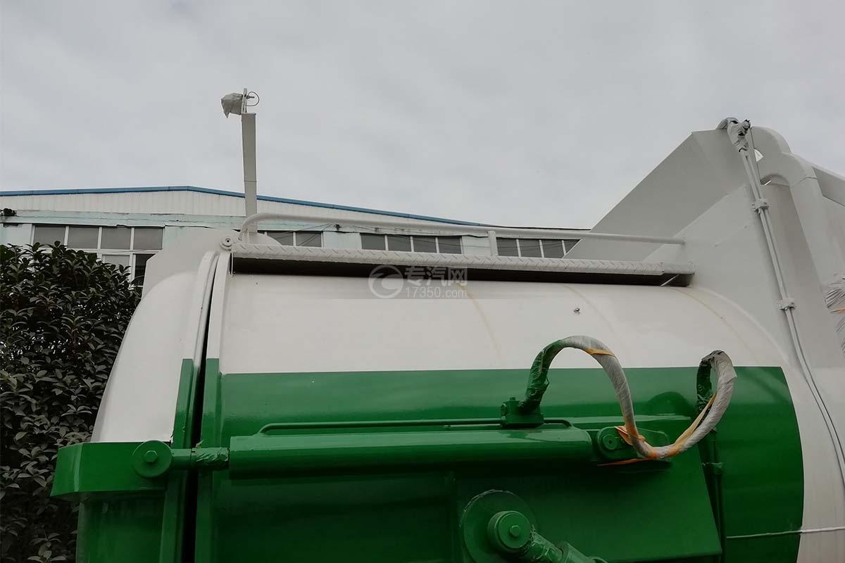 東風福瑞卡國六8方餐廚式垃圾車上裝配置