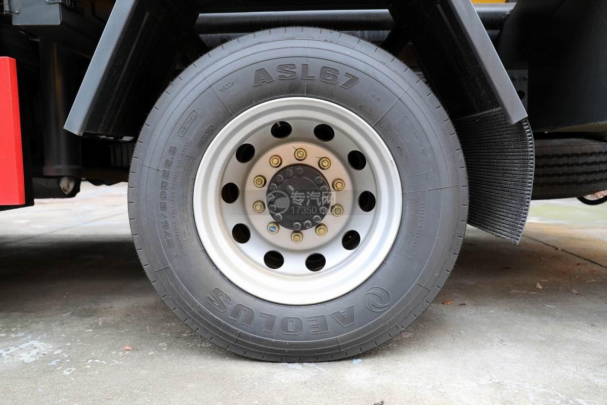 东风天锦国六13.6方清洗吸污车轮胎