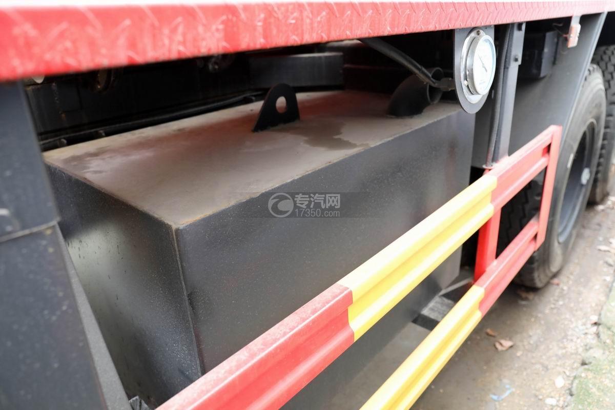 东风锦程V6国六后双桥16方清洗吸污车细节