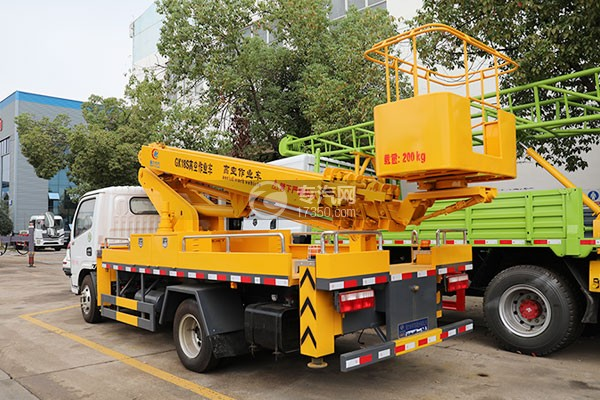 東風小多利卡國六16米伸縮臂式高空作業車左后圖