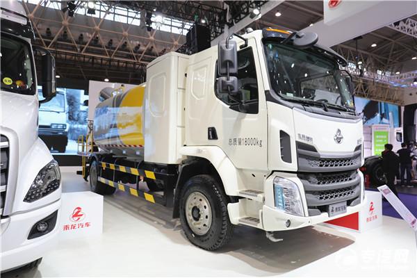 东风柳汽会展主打产品 乘龙M3纯电动80米抑尘车
