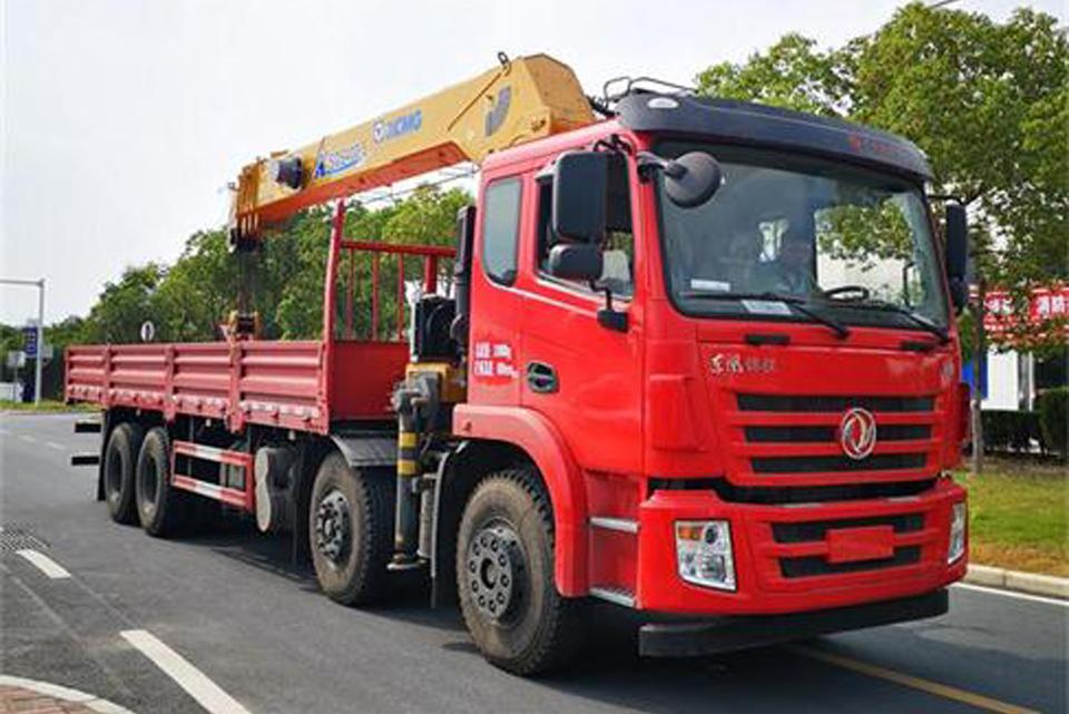东风锦程V6国六前四后八16吨直臂随车吊
