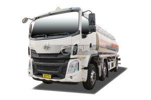 柳汽乘龙H5小三轴20.5方铝合金运油车