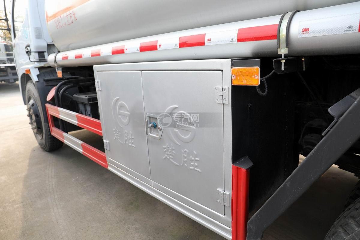 东风大多利卡7.6方加油车卸料箱