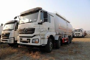 陕汽德龙新M3000国六前四后八粉粒物料运输车图片