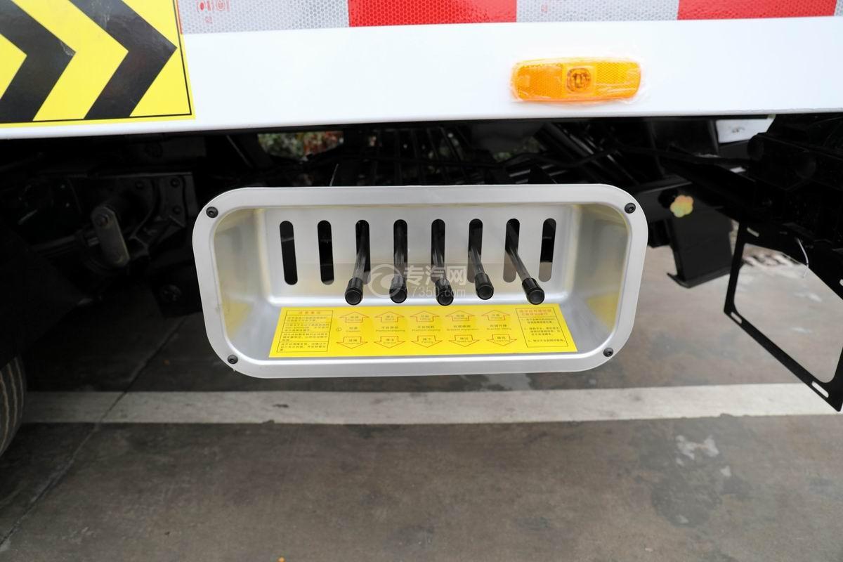 五十铃KV600一拖二清障车上装操作杆
