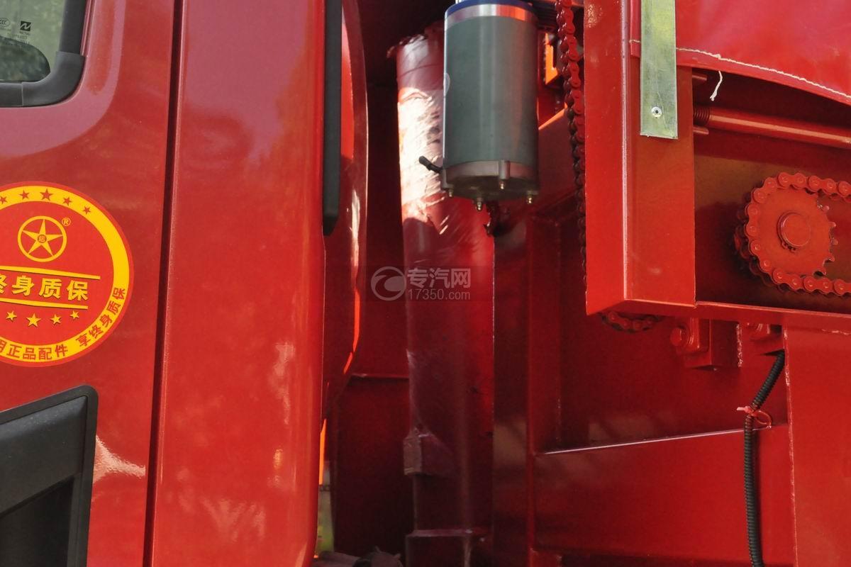 大运祥龙国六自卸式垃圾车前置液压缸