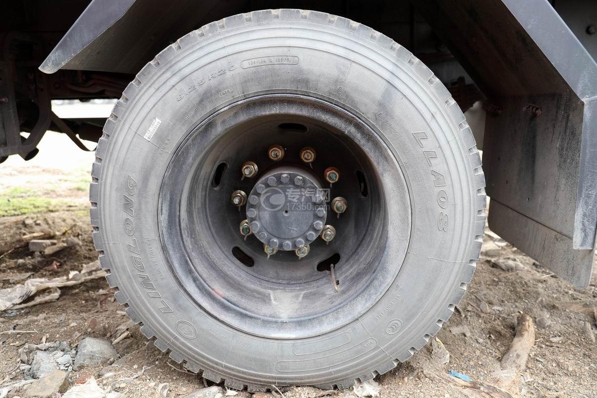 湖北大运运途单桥5吨直臂随车吊轮胎