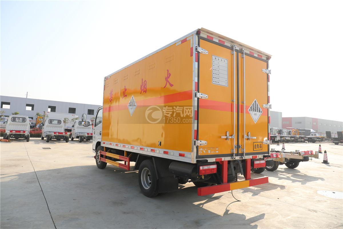 東風小多利卡D6國六雜項危險物品廂式運輸車左后圖